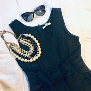 YA Little Black Size Small Dress 📚